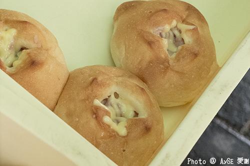輪島朝市 塩辛パン